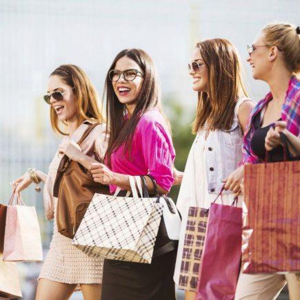 Почему Париж - это лучший город шопинга? Шопинг в Париже: 8 потрясающих мест