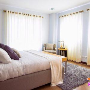 Как подобрать шторы для спальни?
