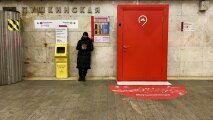 Общество: Что за необычные двери появились на станциях московского метро, и почему они вызывают интерес