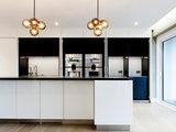 Как правильно: Организовать верхний свет на кухне (18 photos)