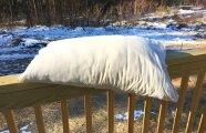Лайфхак: Зачем перьевые подушки следует выставлять на мороз