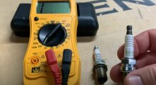 Лайфхак: Как можно проверить качество свечей зажигания при помощи мультиметра