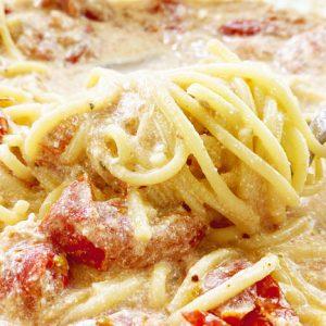 Проверяю популярный рецепт из тик тока - Макароны с сыром и помидорами