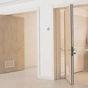 Маятниковые двери и перегородки