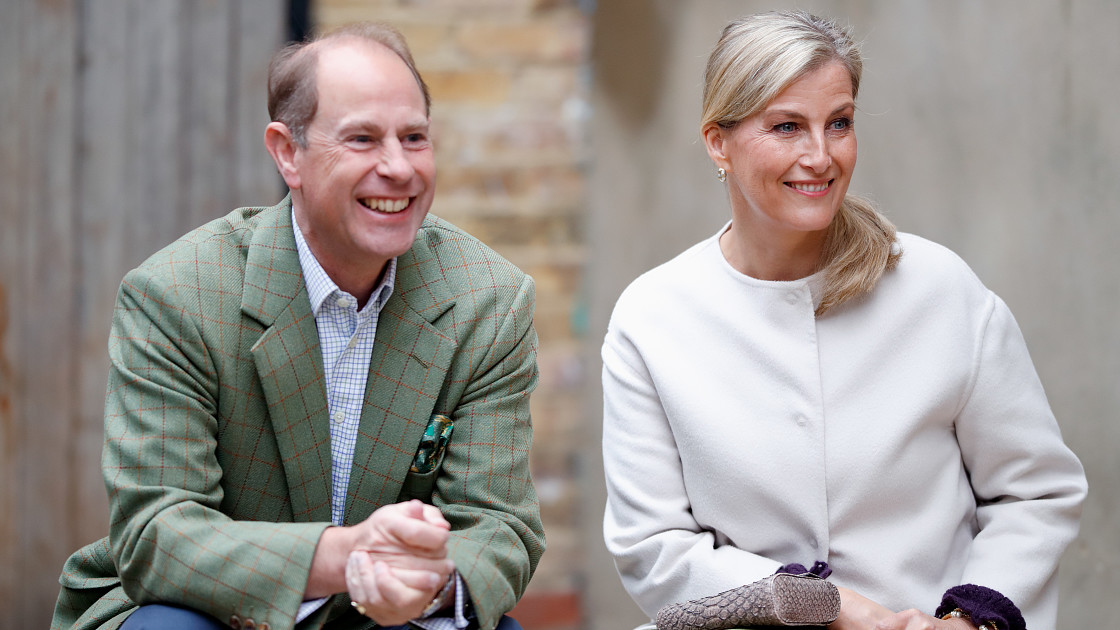 «Мы всё еще семья»: принц Эдвард и его супруга высказались в защиту принца Гарри и Меган Маркл