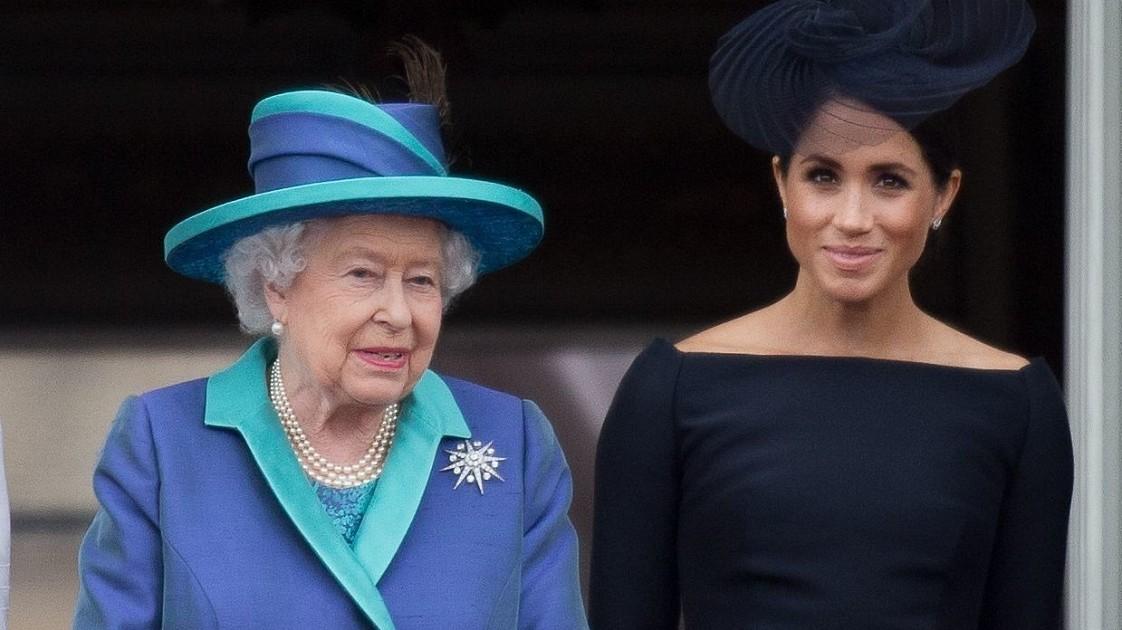 Тонкая издёвка над Елизаветой II: Меган Маркл высмеивает королеву в новом видео