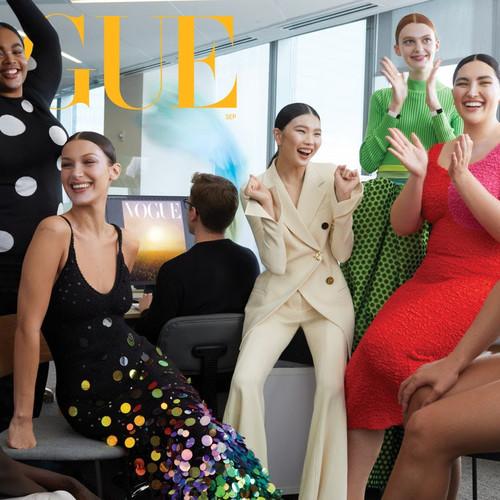 Новую обложку Vogue US украсила трансгендерная модель Ариэль Николсон