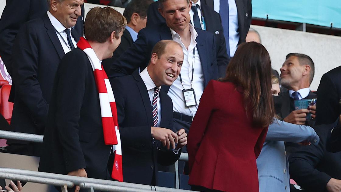 Эпичное противостояние: принц Уильям и королевская семья Дании поддержали свои сборные на Евро-2020