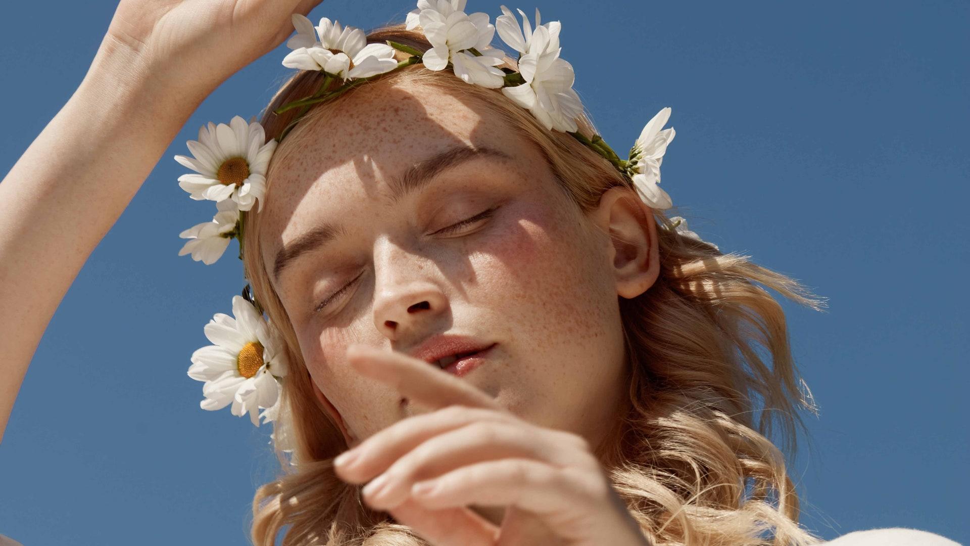 Как ухаживать за кожей летом: главные правила при выборе косметики и процедур