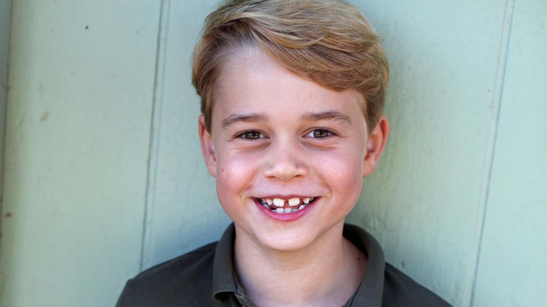 СМИ: старший сын принца Уильяма и Кейт Миддлтон, 7-летний принц Джордж, в этом году покинет Лондон
