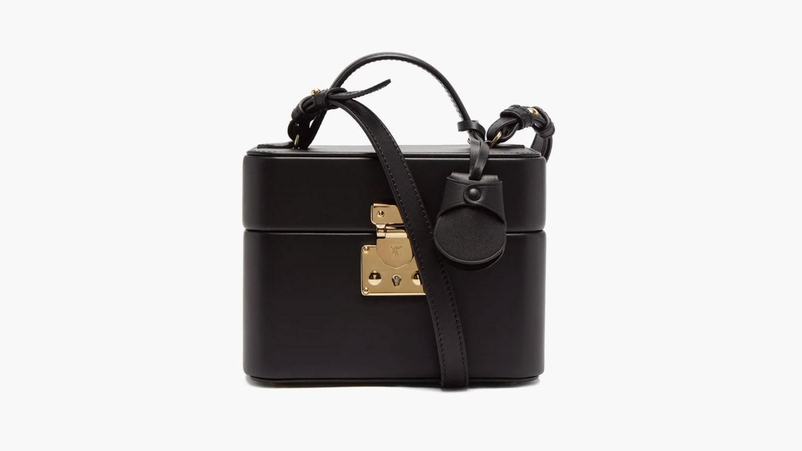 Принцесса Диана носила любимую косметичку как сумку — попробуйте и вы
