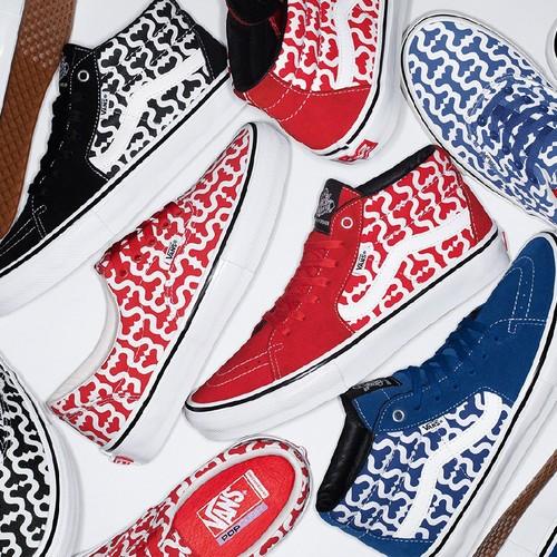 Supreme и Vans выпустили новую совместную модель кроссовок