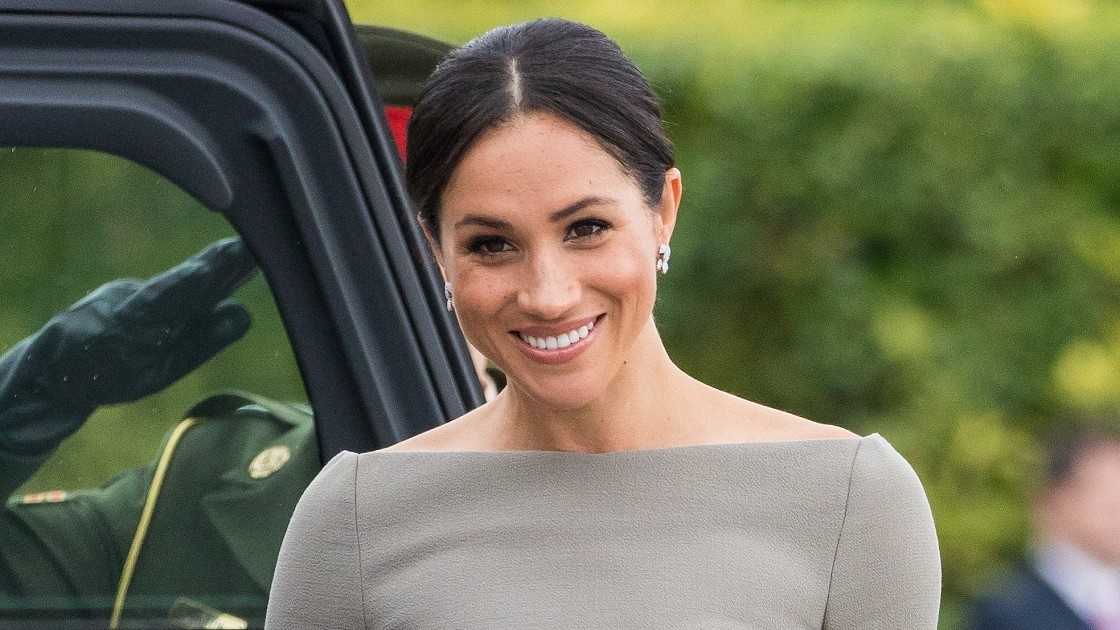 Реверанс в сторону Меган Маркл: королевская семья сделала шаг навстречу герцогине