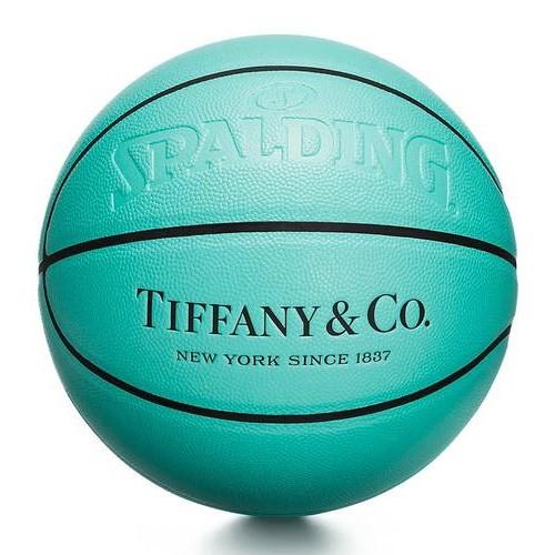 Tiffany & Co. объявили о выпуске капсульной спортивной коллекции