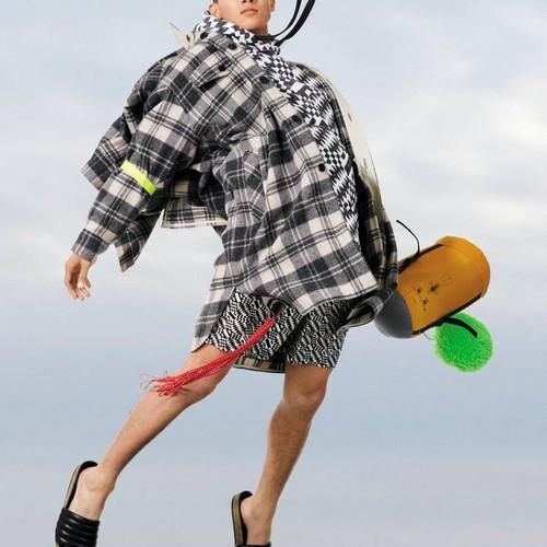 Isabel Marant вдохновляются стилем 1980-х и 1990-х в новой коллекции весна-лето 2022