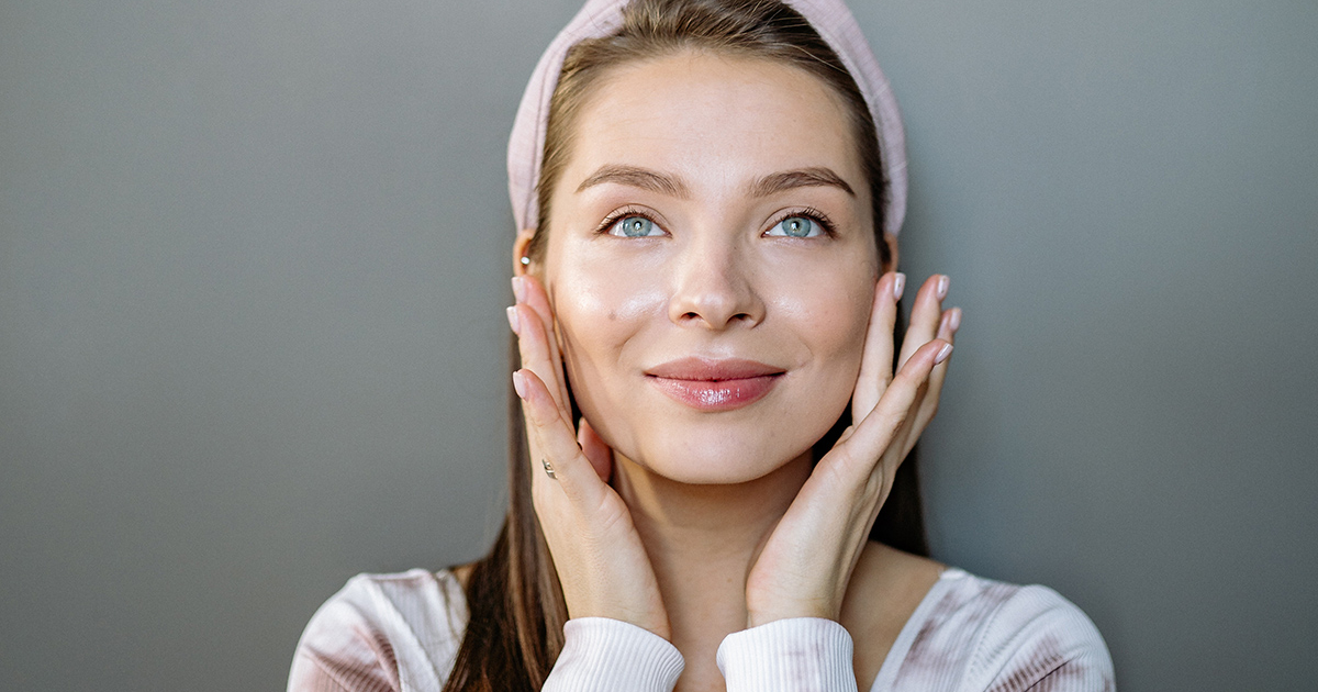 10 ночных кремов и масок для кожи с лучшими отзывами