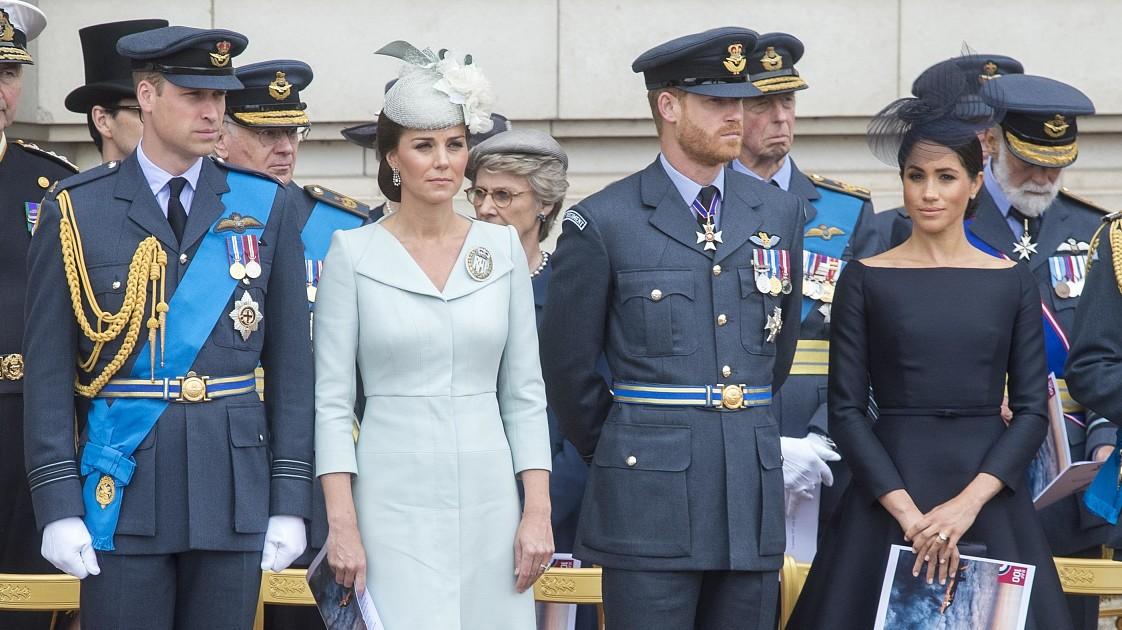 Решение принца Гарри и Меган Маркл заставило паниковать принца Уильяма и Кейт Миддлтон